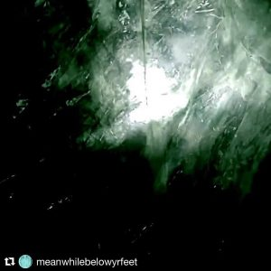#meanwhilebelowyrfeet ist mein aktuelles Frickelexperiment #Repost @meanwhilebelowyrfeet (@get_repost) ・・・ #teaservideo #linkinbio #ambient #noise #experimental #drone