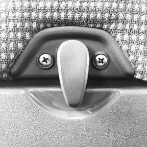 Was ist mit meiner Nase?! #thingswithfaces #seinichttraurigkleinernasemann